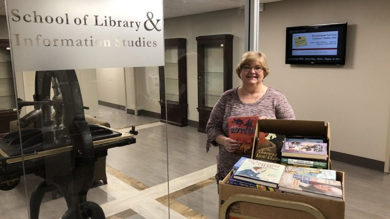 SLIS gives over $20,822 in new free books to Black Belt School Libraries